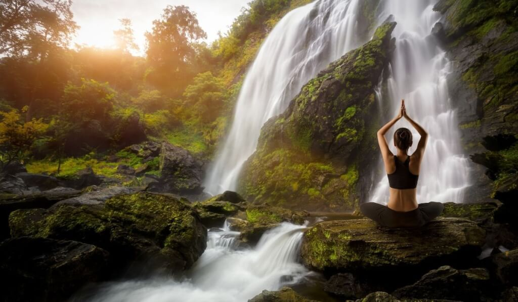 5 Holistic Healing Modalities You Must Try